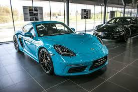 miami blue porsche 718 penki u201eporsche exclusive u201c automobiliai pradėjo viešnagę vilniuje