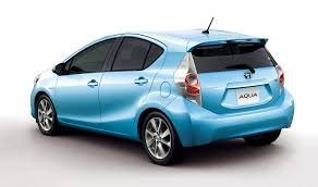 toyota hybrid 2012 toyota prius c unveiled compact 52 mpg plus hybrid hatchback