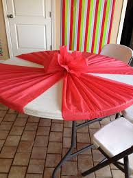 tablecloth ideas for round table might be fun with two colors that cover the whole table plastic