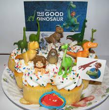 amazon com disney the good dinosaur movie figure set kit of 14