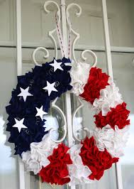 4th of july wreaths easy 4th of july wreath i think i ll make it just cause