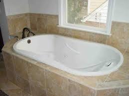 Bathtubs Sizes Standard Best 25 Bathtub Sizes Ideas On Pinterest Small Large Bathrooms