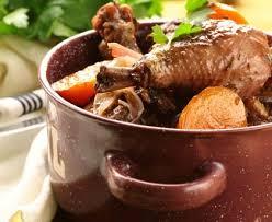 cuisiner un coq au four coq au vin maison recette de coq au vin maison marmiton