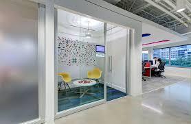 ut southwestern medical center opens radiation oncology