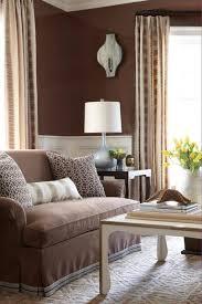 deco canape marron design interieur idée déco salon mur canapé marron tulipes jaunes