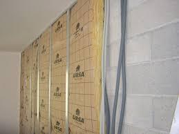 humidité mur intérieur chambre isolation intérieure comment isoler les murs par l intérieur