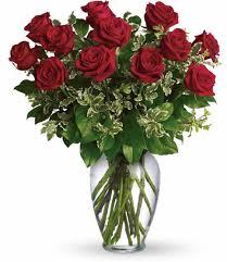 a dozen roses dozen roses gift guru