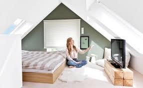 schlafzimmer gestalten mit dachschrge schlafzimmer schräge streichen erstaunlich auf moderne deko ideen
