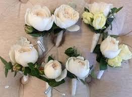 wedding flowers buttonholes bridal flowers boquets buttonholes events