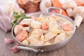 cuisiner une blanquette de veau blanquette de veau facile recette viandes supertoinette