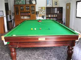 What Is The Standard Size Of A Pool Table Standard Pub Pool Table Size Table Designs