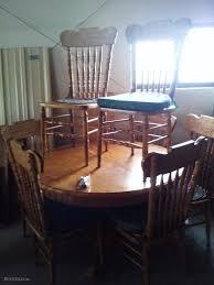 pulaski keepsake table and chairs estatesales org