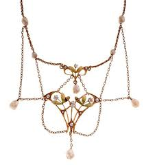 Diamond Chandelier Necklace Check Out The Family Jewels At Cowan U0027s Live Auction Preview