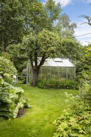 construction d une serre de jardin en bois serre de jardin et abri 17 idées de design fantastique