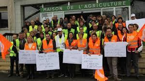 chambre d agriculture 01 80 salariés en grève à la chambre d agriculture