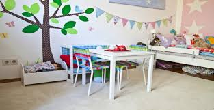 lit enfant ludique lit mezzanine pour enfant ambiance féérique westwing