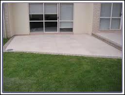 Refinishing Concrete Patio Pouring Concrete Patio Against House Patios Home Decorating