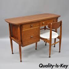 Small Desk Ls Vtg Mid Century Modern Walnut Small Kneehole Writing Desk
