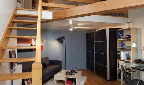 chambre d ado avec escalier conduisant à la mezzanine mezzanine
