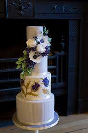 wedding cake glasgow wedding cakes to glasgow loch lomond ayrshire borders