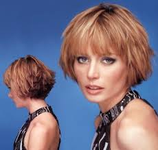 light and wispy bob haircuts short wedge hairstyles short wispy layered hair style with