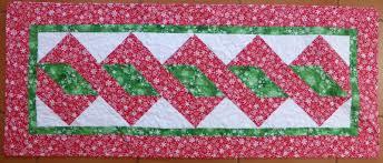 vicki s fabric creations pole twist table runner free tutorial