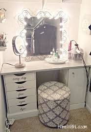 Diy Desk Vanity Best 25 Diy Makeup Vanity Ideas On Pinterest Diy Makeup Vanity