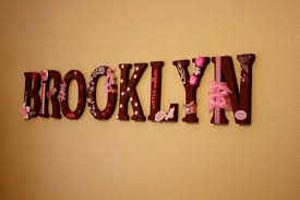 cute ideas for making wooden letters for baby room with pink