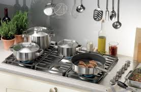 Induction Versus Gas Cooktop Cooktops Gas Electric Induction Hobs Or A Combination