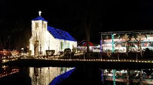 zoo lights baton rouge 10 christmas light displays in louisiana that are pure magic