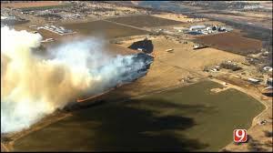 Wildfire Yukon by Crews Battle Wildfire North Of Yukon News9 Com Oklahoma City