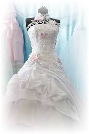 wedding dress cleaners moline kronberg cleaners wedding dress preservation