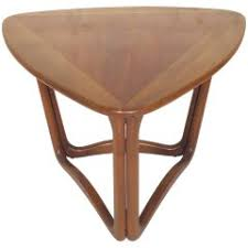 Triangle Accent Table Lane Furniture Furniture 111 For Sale At 1stdibs