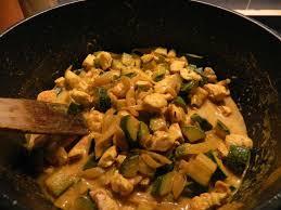 recette de cuisine facile et rapide pour le soir curry rapide de poulet aux courgettes la cuisine légère d