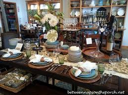 dining room table setting ideas centerpiece ideas for dining room simple fall table decoration