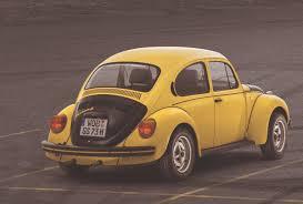 file 1972 yellow vw beetle 1303 s gsr gelb schwarzer renner beetle love pinterest