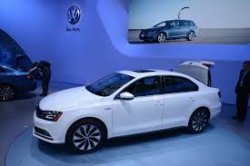 gti volkswagen 2015 updates 2015 vw jetta joins new golf gti and r in new york live