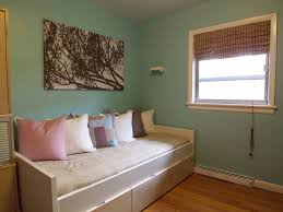 Guest Bed Small Space - bedroom inspiring room design with small room space using classic