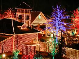 5 christmas traditions in georgia to experience this year