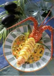 cuisine langouste plancha langouste avec sauce au curcuma et dés de légumes