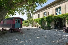 seasonal rental mas st remy de provence 13210 proche centre
