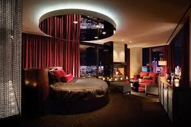 hotels with two bedroom suites in las vegas the suite life 15 over the top las vegas hotel suites