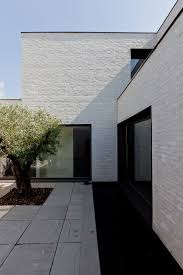 courtyard house vw by areal architecten courtyard house adobe