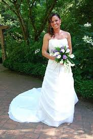 rent a wedding gown wedding gowns portland or