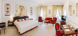 decoration bureau style anglais hôtel du palais official website