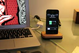 How To Make A Computer Out Of Wood by Diy Wooden Iphone Dock Digital Woodworker
