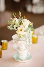 Shabby Chic Wedding Centerpieces by Rustic Lace And Burlap Wedding Table Decor Ideas Burlap Weddings