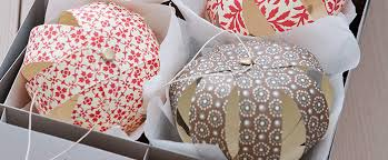 how to make paper baubles easy decorations