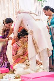 indian wedding mangalsutra indian groom giving the mangalsutra in new orleans la indian