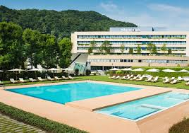 sheraton lake comol in italy only a short drive from milan